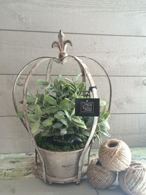 porte plante couronne fleur de lys curiosites by etadame. Black Bedroom Furniture Sets. Home Design Ideas