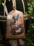 cages oiseaux à suspendre bleues