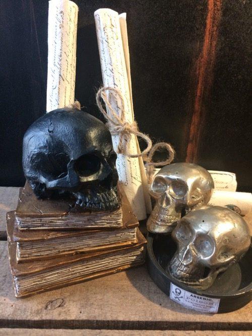 skull tête de mort noire