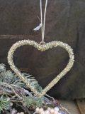 décoration de noel coeur à suspendre en perles 2