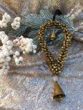 décoration de noel coeur en fer doré clochettes à suspendre