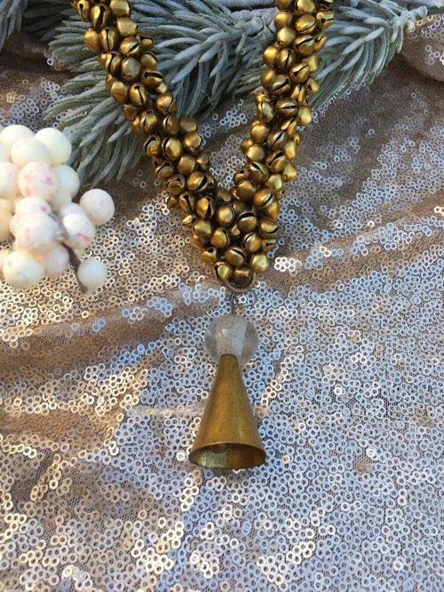 décoration de noel coeur en fer doré clochettes 3 à suspendre