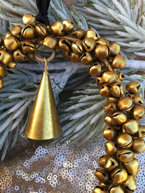 décoration de noel coeur en fer doré clochettes 4 à suspendre