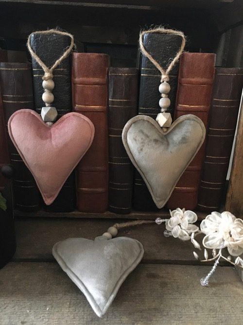 coeur velours à suspendre