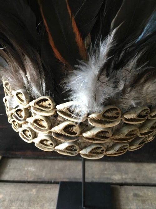 coiffe papou en plume noire art primitif 3