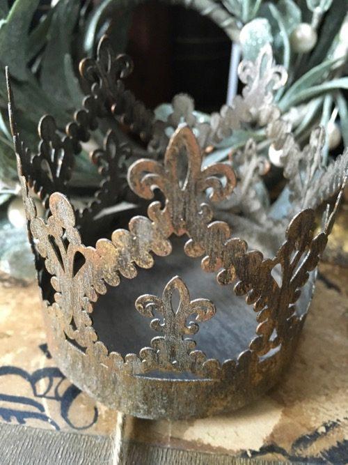 couronne baroque metal doré 2