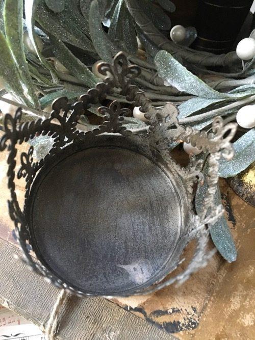 couronne baroque metal doré 3