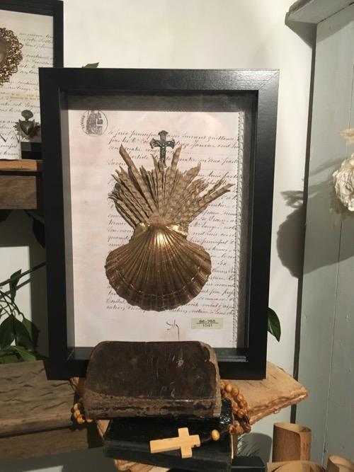 saint-jacques de compostelle religieux cabinet de curiosites
